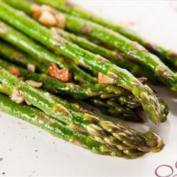 garlic-roasted-asparagus-9.jpg