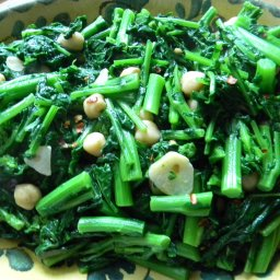 Garlic Sauteed Rapini with Chile Flakes