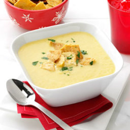 Garlicky Cheddar Cheese Bisque Recipe