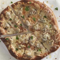 Garlicky White Clam \Apizza\