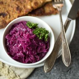 German Braised Red Cabbage (Rotkohl)