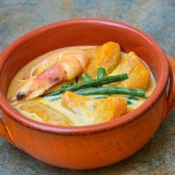Ginataang Kalabasa at Sitaw (Squash and Beans in Coconut Milk)