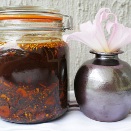 Ginger and garlic chili oil