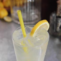 Ginger Lemonade Fizz