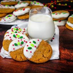 ginger-molasses-cookies-2690652.jpg