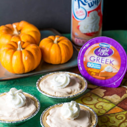 Ginger Pumpkin Mini Cheesecake Pies