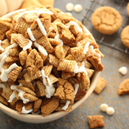 Gingerbread Chex™ Party Mix