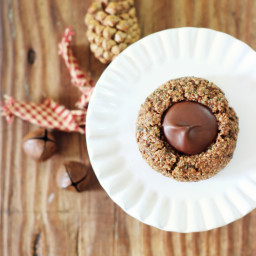Gingerbread Hemp Seed Thumbprint Cookies with Chocolate {vegan, grain free,