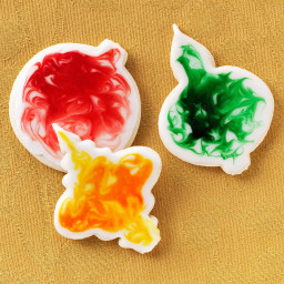 glazed-ornament-cookies-2072530.jpg