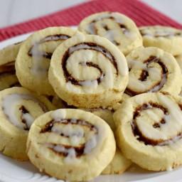 gluten-free-cinnamon-roll-cookies-2714045.jpg