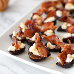 Goat cheese stuffed figs with pancetta