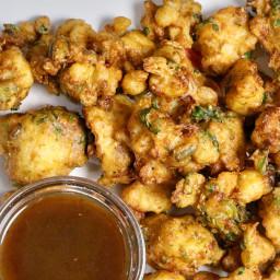 Gobi Pakoras (Crispy Cauliflower Fritters)