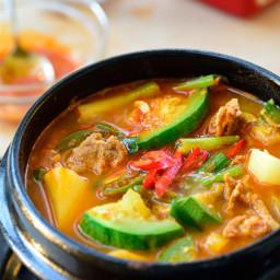 Gochujang Jjigae (Korean Stew with Zucchini)