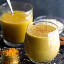 Golden Milk Overnight Oatmeal Smoothie