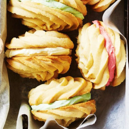 Golden syrup melting moments with rum buttercream