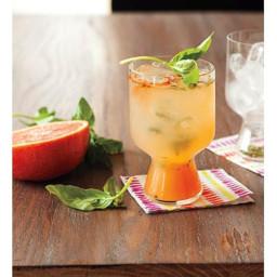 Grapefruit-Basil Gin Fizz