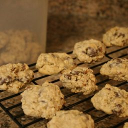 Great Chocolate-oatmeal Chunk Cookies