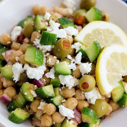 Greek Chickpea Salad with feta and cucumber • Unicorns in the Kitchen
