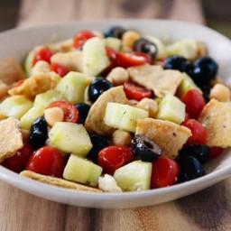 greek-pita-bread-salad-recipe-2417781.jpg