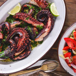 Greek-style Octopus recipe (Xtapodi)