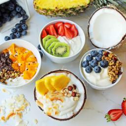 Greek Yogurt Breakfast Bowls with Toppings