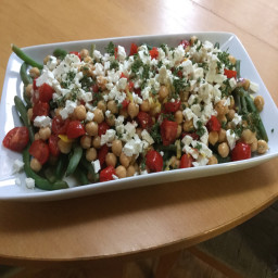 green-bean-tomato-and-chickpea-salad-8b510b0fd007bdc42dc4f601.jpg