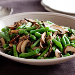 Green Beans with Mushroom and Shallots