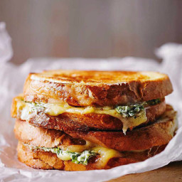Green chilli grilled cheese sandwich