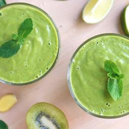 Green Smoothie: Avocado Lime Zinger