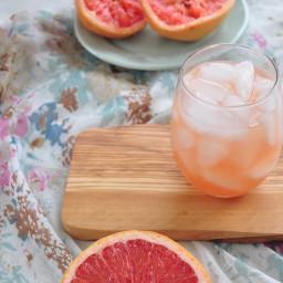 greyhound-cocktail-how-to-make-c66e57-2efbdd7fd21c9493bac7dd06.jpg