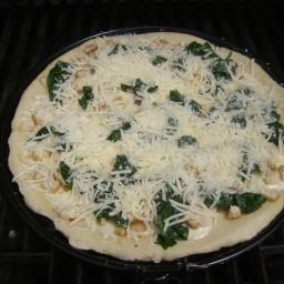 grilled-alfredo-chicken-pizza-2.jpg