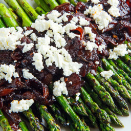Grilled Asparagus with Bacon and Balsamic Caramelized Onions and Goat Chees