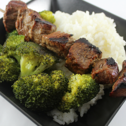 Grilled Beef and Broccoli Bowls