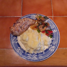 grilled-chicken-breast-with-garlic--4.jpg