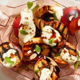 Grilled Peaches with Balsamic Glaze and Mascarpone Cheese