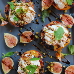 Grilled Peaches with ricotta, figs and mint