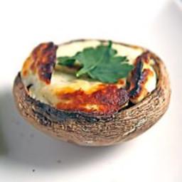 Grilled Portabello Mushroom with Halloumi