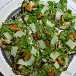 Grilled Purple Aubergines Pizzas with Arugula, Parmesan Cheese and Mussels