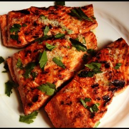 Grilled Salmon with Lemon Garlic Sauce