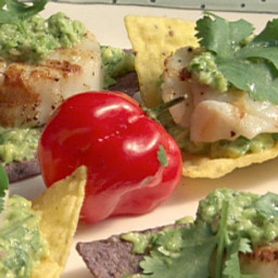 Grilled Sea Scallops on Tortilla Chips with Avocado Puree and Jalapeno Pest