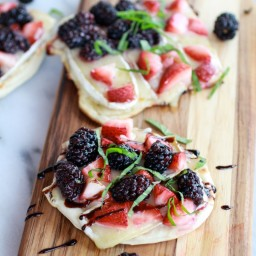 Grilled Blackberry, Strawberry, Basil and Brie Pizza Crisps