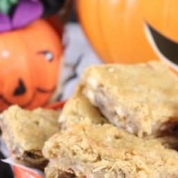 Halloween Candy Blondies Recipe
