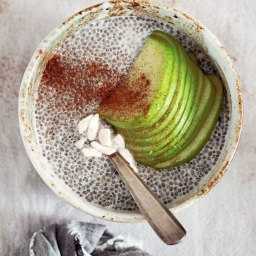 Healthy Apple-Cinnamon Chia Seed Pudding