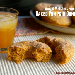 Healthy Baked Pumpkin Doughnuts