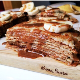 HEALTHY BANANA, PEANUT BUTTER and HONEY CREPE CAKE