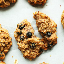 Healthy Blueberry Muffins Breakfast Cookies (Vegan + GF)