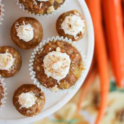 healthy-carrot-cake-cupcakes-with-yogurt-cream-cheese-frosting-1580884.jpg