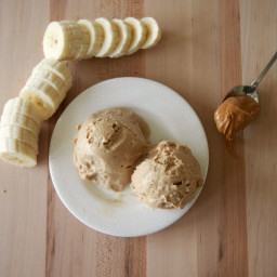 Healthy Peanut Butter Banana Ice Cream