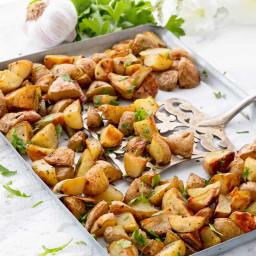 healthy-roasted-garlic-potatoe-44d34f-a8b6d534370147eb37e09b6a.jpg