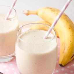 Healthy Vanilla Banana Milkshake